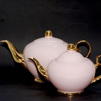 Christina Re Blush Teapot